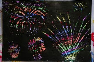 Firework wax painting - http://createwithyourhands.blogspot.co.uk/2013/11/scratch-art-firework-pictures.html