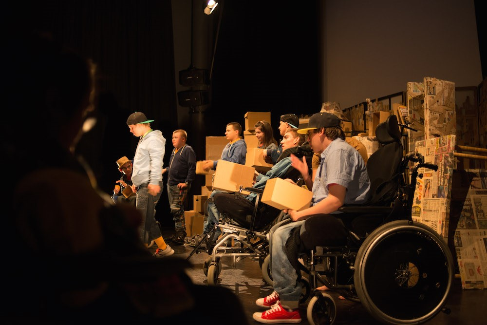 Full House Theatre Pic1