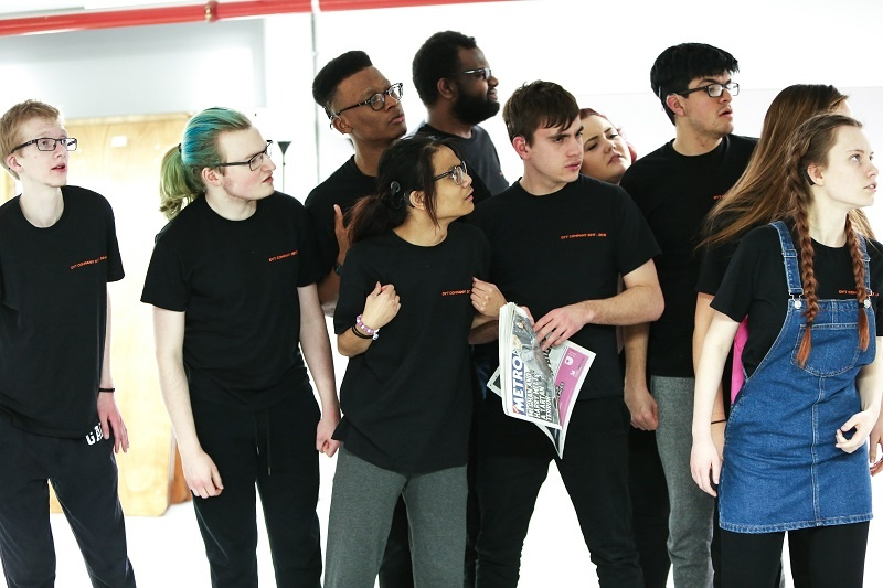 Peer to peer support - mentoring the next generation of Arts Award achievers