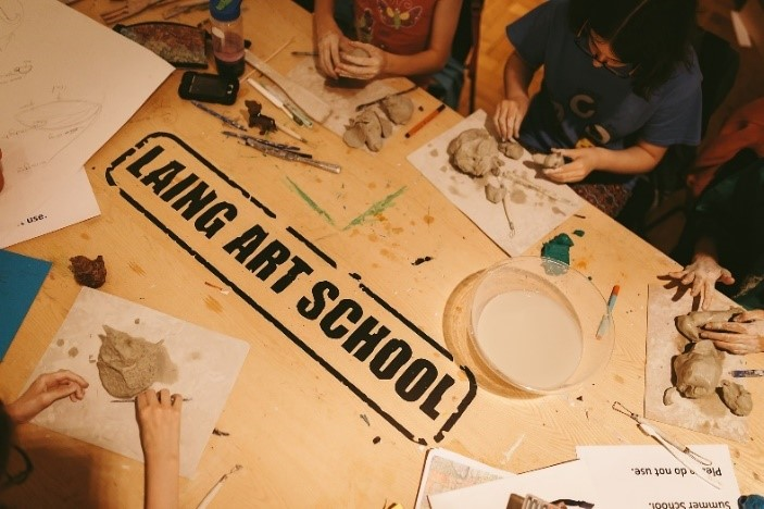 Top 5 ways young people can engage with Arts Award over the summer